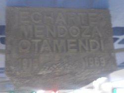 Mendoza Echarte Otamendi en el metro de Madrid