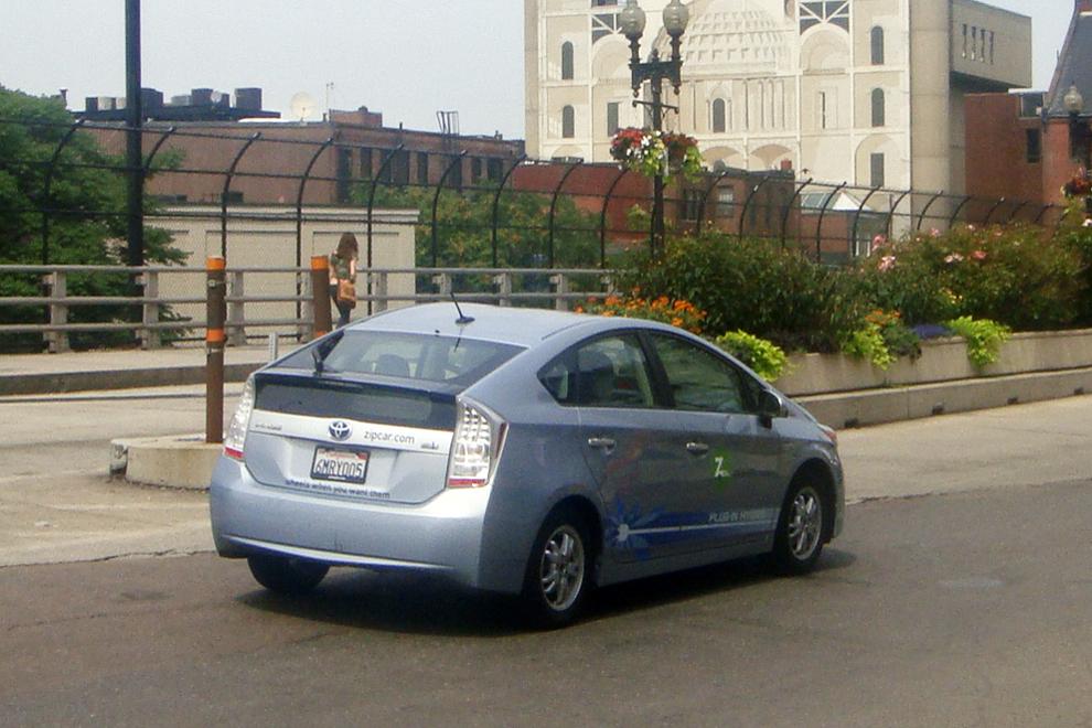 BOS_07_2011_Prius_PHEV_ZipCar_2830