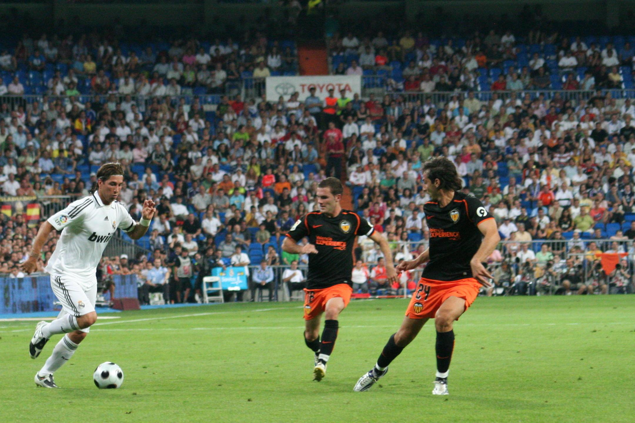 Sergio_Ramos_Real_Madrid_4_-_Valencia_2